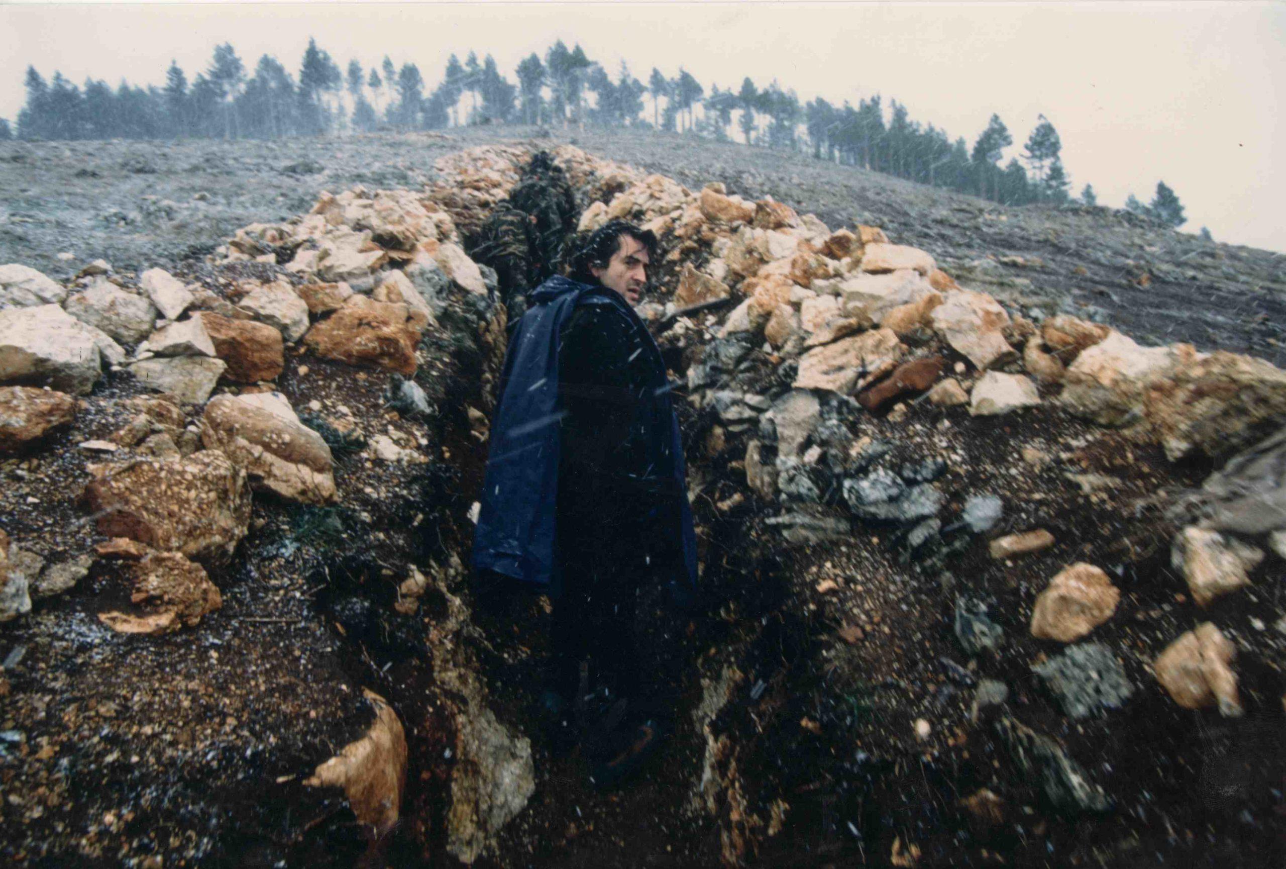 Bernard-Henri Lévy in the trenches of Sarajevo, 1993